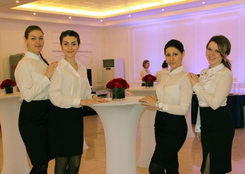 официантам подработка в Томске, Парад  Парк Отель